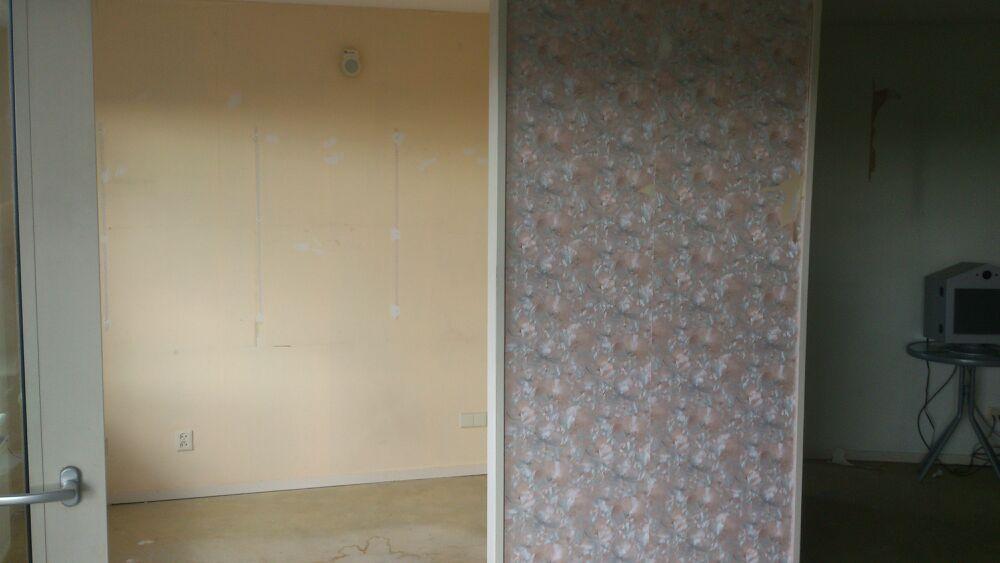Behangen schilderwerk en texwerk - Behang voor trappenhuis ...
